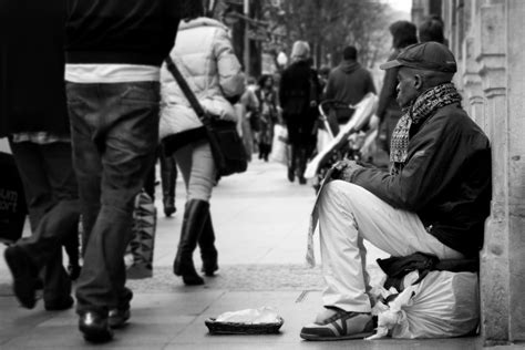Multidimensionality of Poverty in the UK or How Poor is