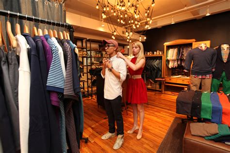 Shopping Sites Open Brick-and-Mortar Stores - The New York